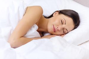 le sommeil, un facteur pour retrouver un ventre plat après grossesse