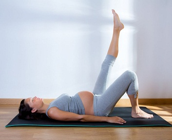 Pilates femme enceinte : possible ?
