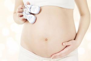 Comment retrouver un ventre plat après grossesse