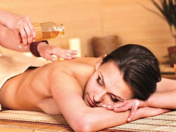 ventre plat huiles essentielles
